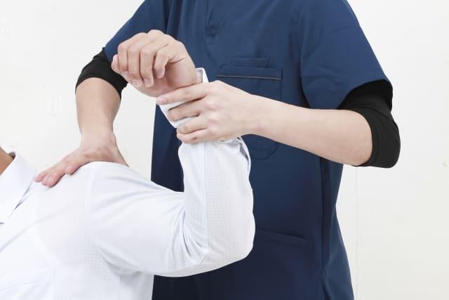 肩の痛みを治す整骨院